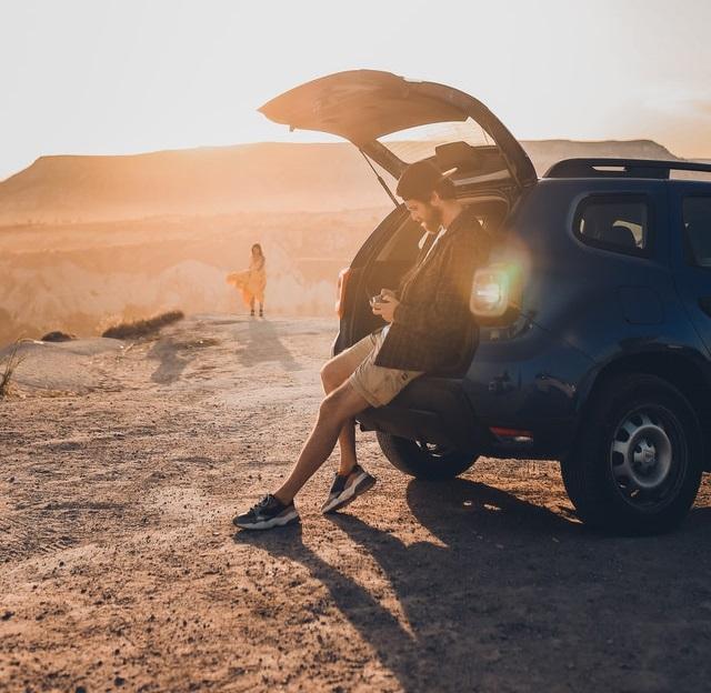 רכב כביש שטח