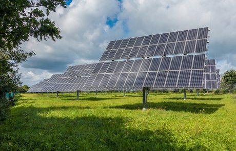 איך פנלים סולאריים עובדים?