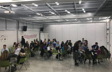 פירות הדר: תנועות הנוער תומכות במשפחת גולדין ומקיימות מעגלי שיח בפרוייקט מיוחד