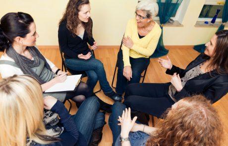 """עוסקים במקצוע טיפולי ויש לכם שאלות בנושאי שיווק הקליניקה? מפגשי """"רוח גבית"""" לשיתוף ולמידה לקידום ולשיווק הקליניקה יתחילו לפעול בדצמבר גם בכפר סבא."""
