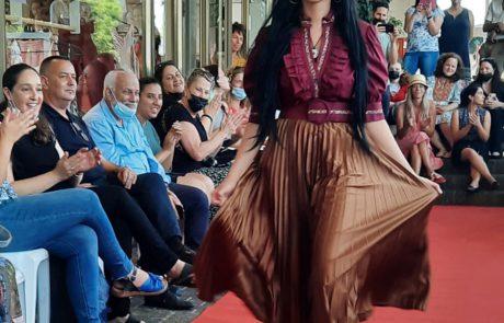 אופנה חברתית: תערוכת אופנה ייחודית נערכה ברחובות כפר סבא