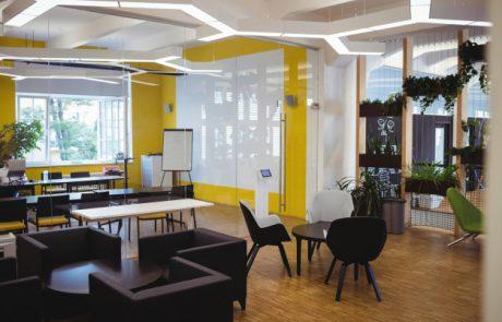 מה הקשר בין חדשנות לרהיטים למשרד?